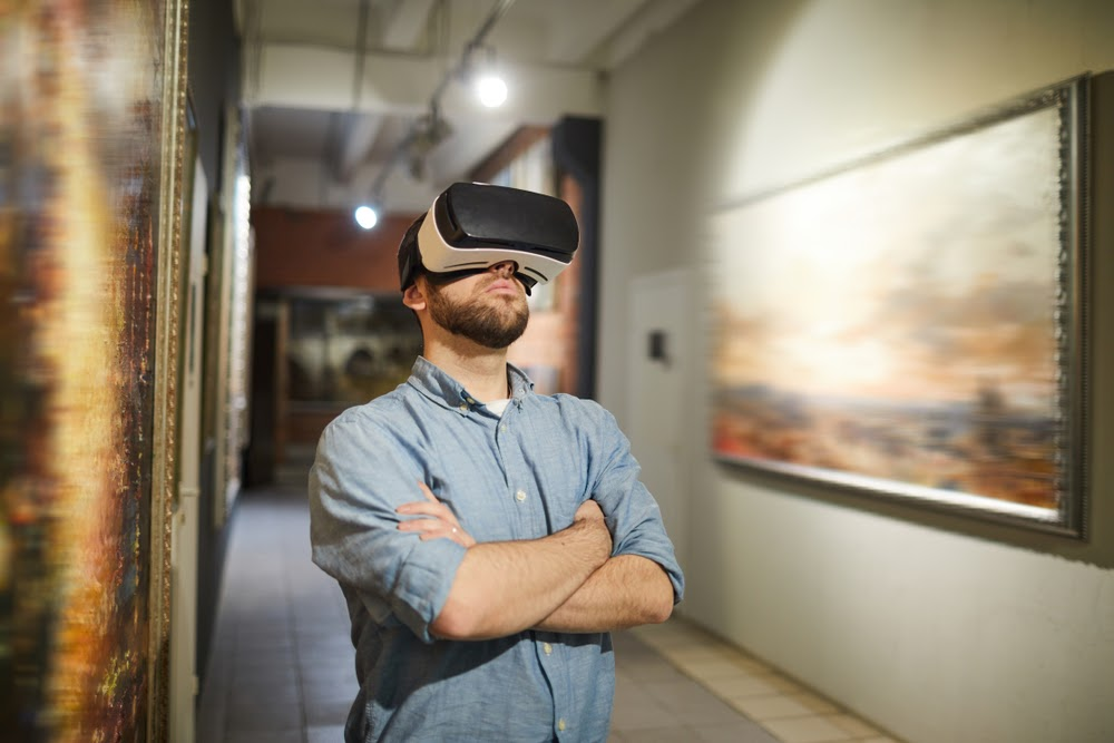 Take a Celebrity-Guided Virtual Reality Cultural Tour with Google Perspectives